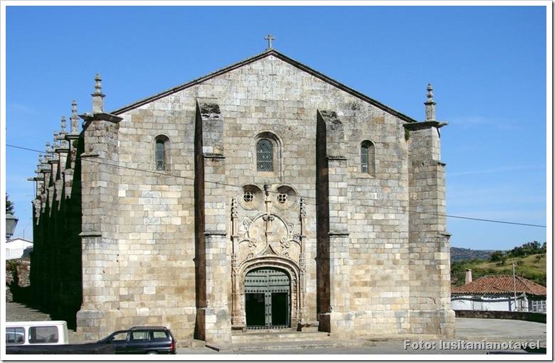 Freixo Espada Cinta - Igreja Matriz - foto canalblog