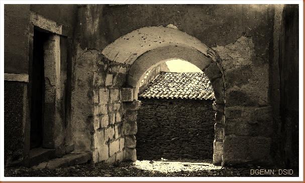 Castelo Torre de Moncorvo - Braganca - 3 - www.monumentos.pt