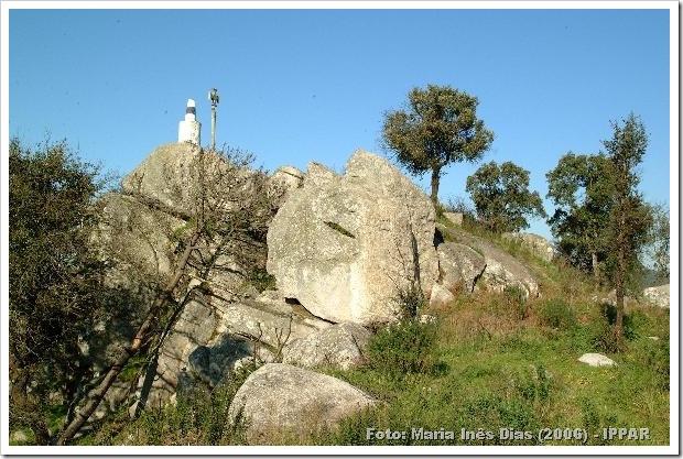 Castro de Moldes - Castelo de Neiva - Foto Maria Ines Dias-2006 . - IPPAR