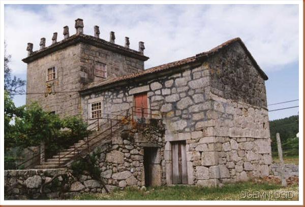 Torre de Grade - Arcos Valdevez - www.monumentos.pt - 1