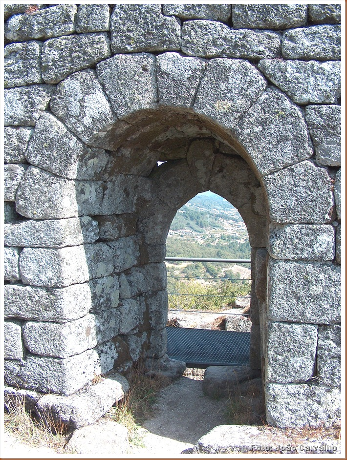 Castelo Pena de Aguiar - alhoVila Real - Foto Joao Carv