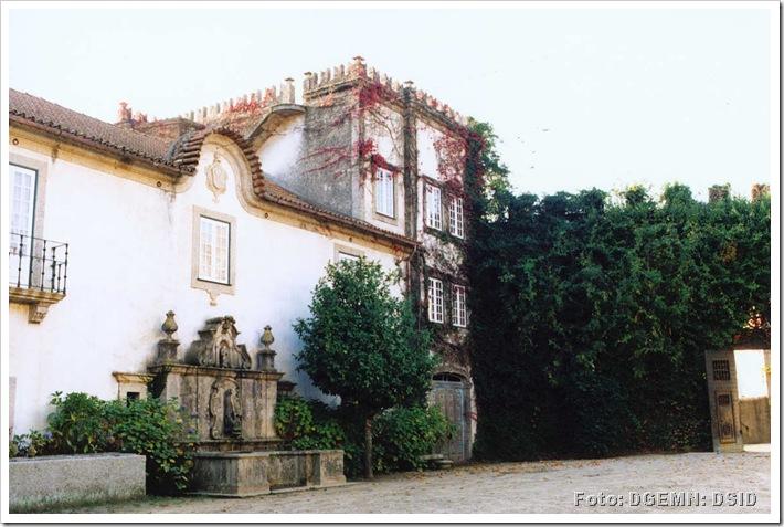 Casa e Quinta Dinis de Cima - Couto - Santa Cristina - Santo Tirso - monumentos.pt 1