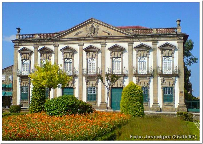Casa Grande - Braga - Foto Joseolgon 25 maio 2007