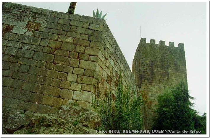 Castelo de Lamego - Foto www.monumentos.pt