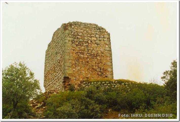 Castelo de Rodão ou Castelo do Rei Vamba - Foto monumentos.pt -