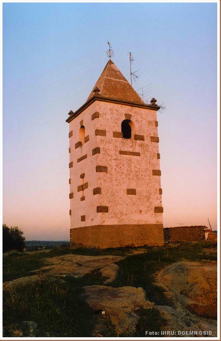 Fortaleza de Segura - monumentos.pt - 1