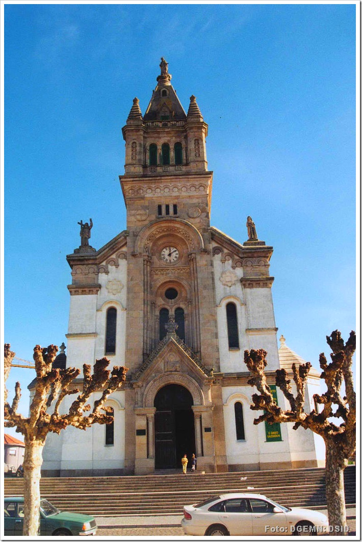 Igreja Matriz de Espinho - monumentos.pt