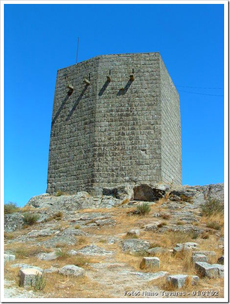 Castelo da Guarda - Nuno Tavares 1-1-02