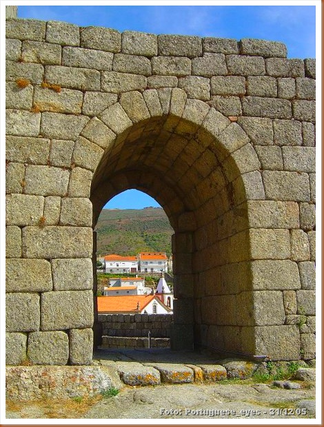 Castelo de Linhares - Portuguese_eyes