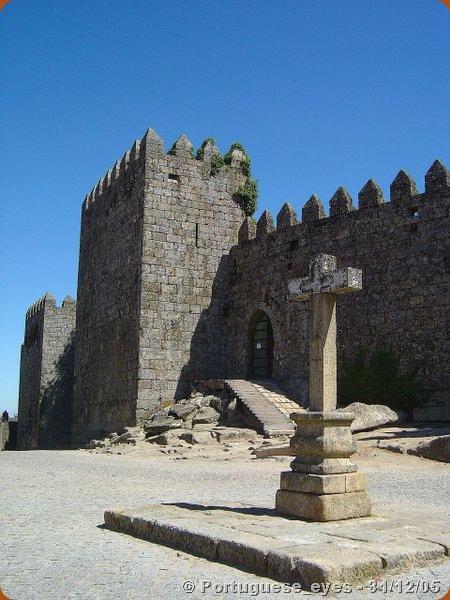 Castelo de Trancoso1 - Portuguese_eyes - wikipedia