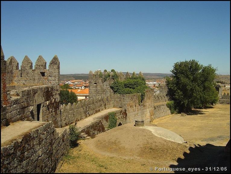Castelo de Trancoso - Portuguese_eyes - wikipedia